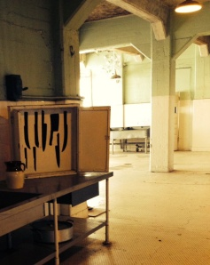 Knife block in Alcatraz's kitchen