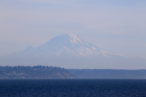 Mount Rainier in 50 shades of blue